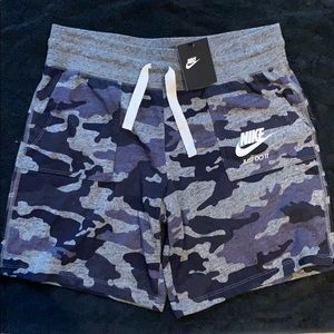 Brand new nike girls workout shorts